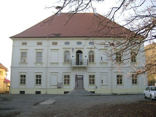Schloss Rhedey – was Graf Dracula und die englische Königin verbindet …