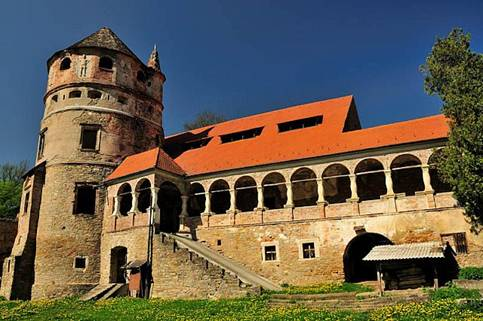Burg Bethlen in Kreisch/Cris