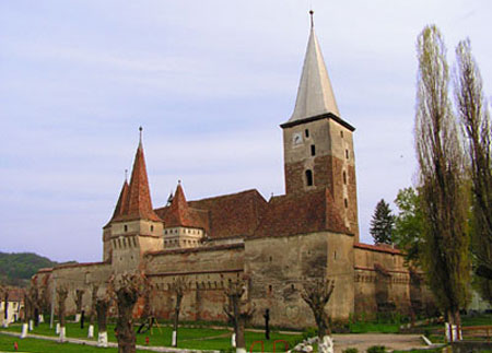 Mosna, cetatea medievala ascunsa in inima Transilvaniei