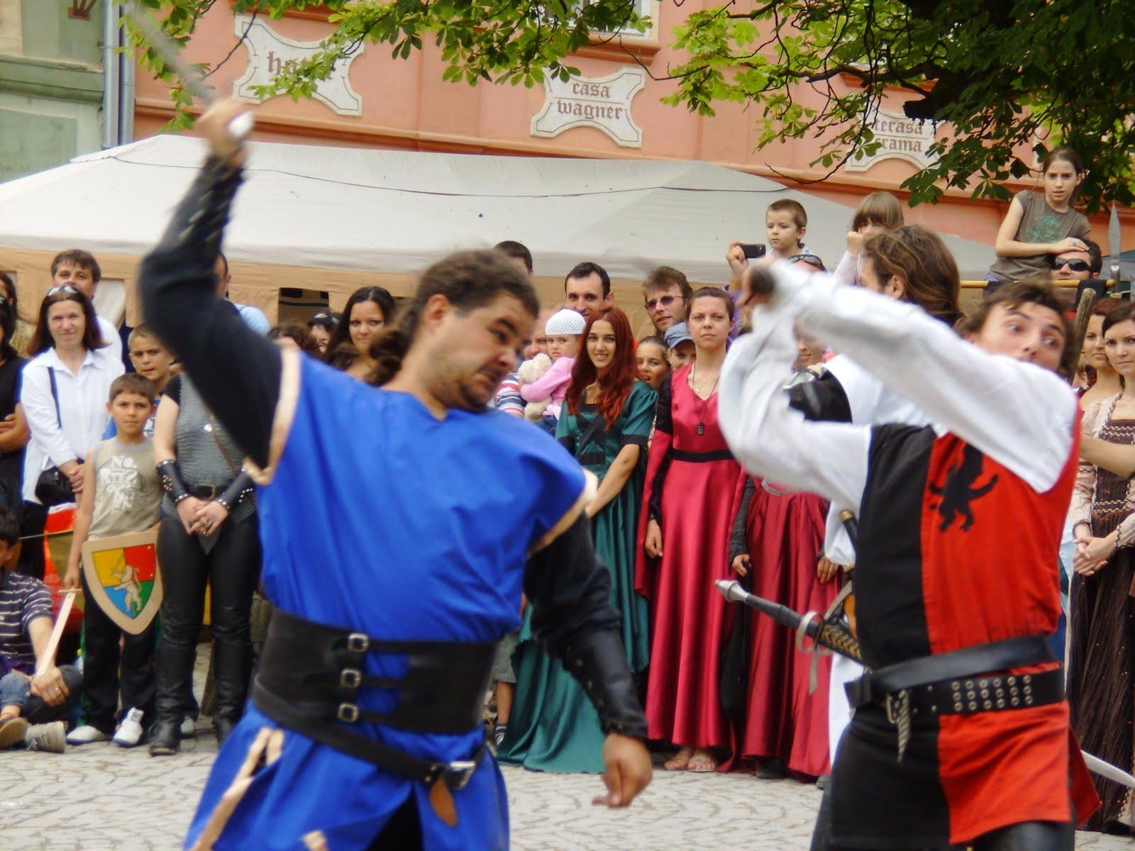 Festivalul de la Sighisoara reinvie traditie medievala
