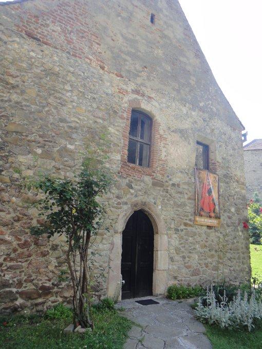 Burg Kelling, eine Geschichtsstunde in der Natur