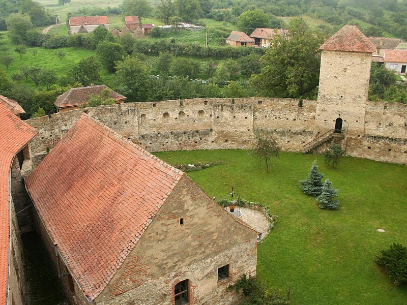 Cetatea Calnic, o lecție de istorie în mijlocul naturii