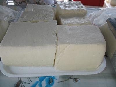 Brânză telemea, tradiție din Mărginimea Sibiului
