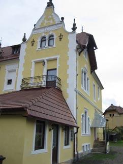 pensiunea la castel