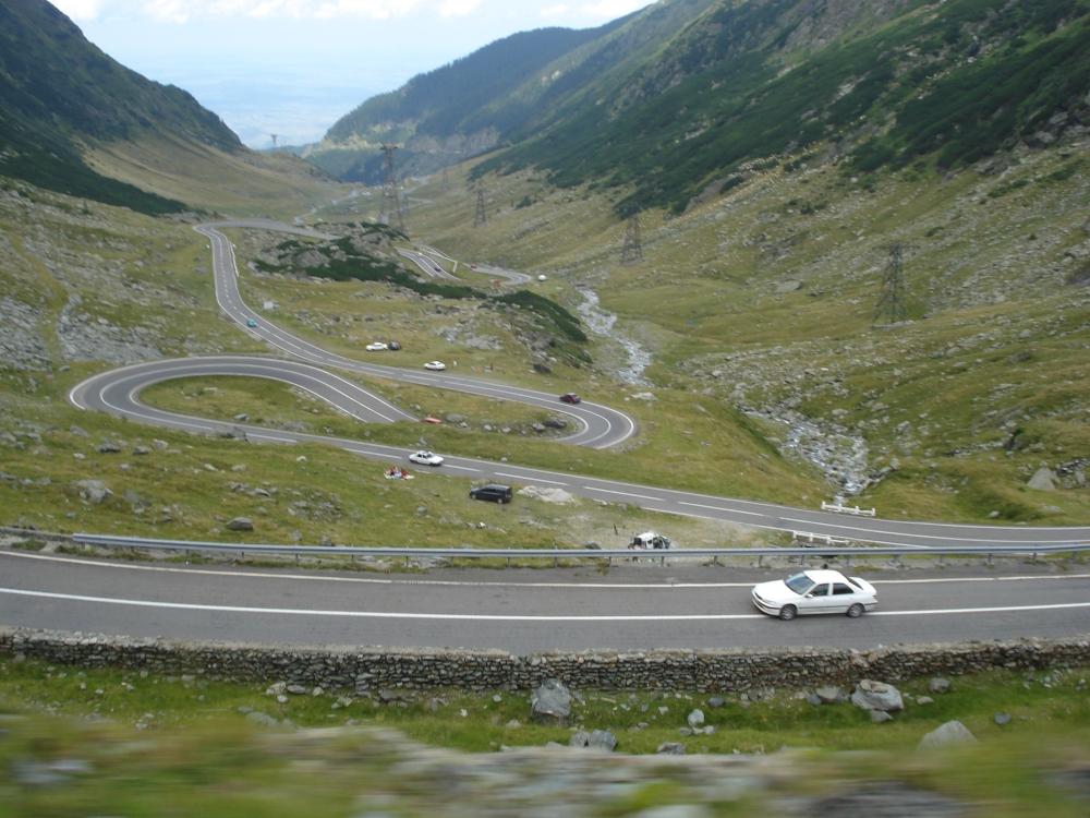 Sfat de weekend: urcă în paradisul din Carpații Meridionali pe șoseaua Transalpina