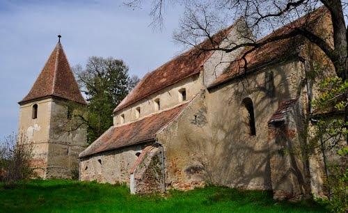 Biserica fortificat din Rosia, una dintre comorile uitate ale Transilvaniei