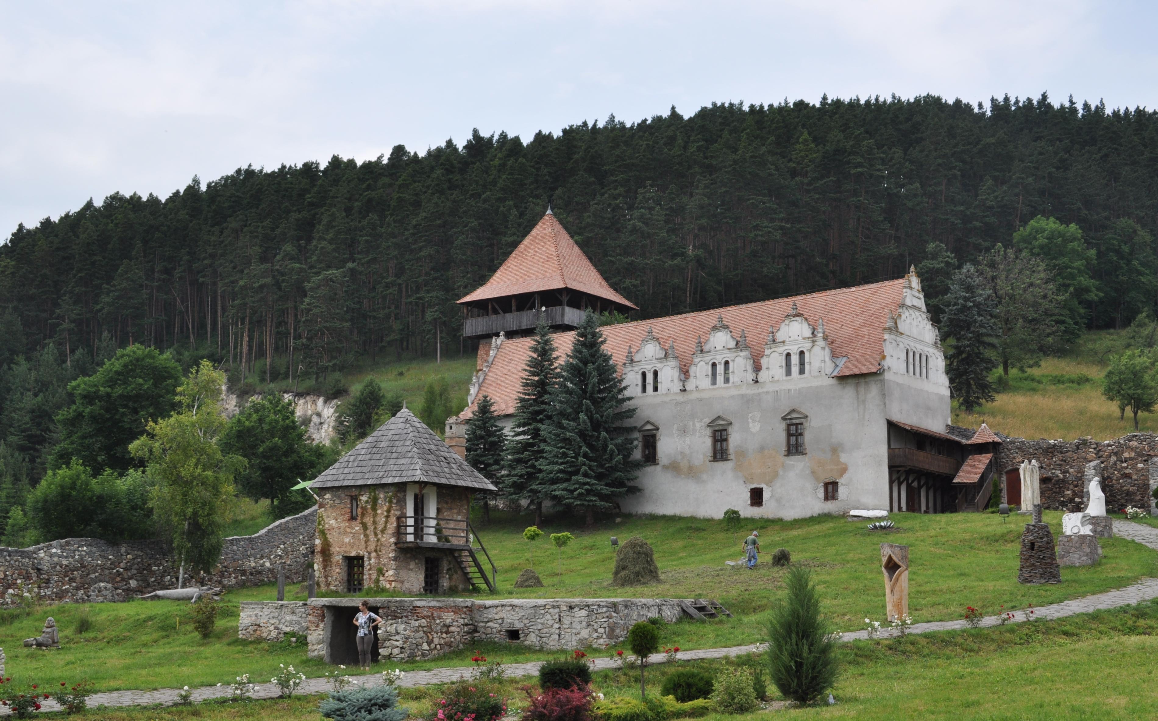 Das Schloss Lazar, vom goldenen Zeitalter bis zum Zerfall