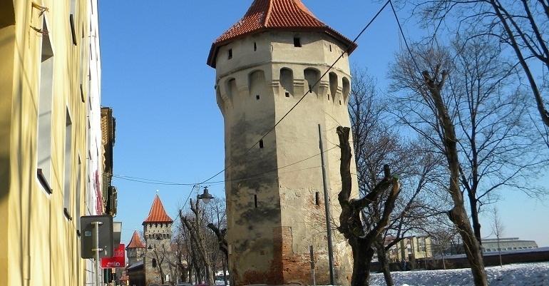 Turnul Archebuzierilor din Sibiu construit in urma cu peste 600 de ani