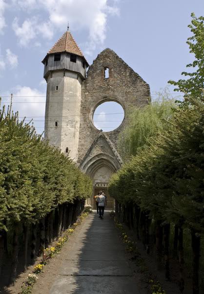Das Zisterzienserkloster von Kerz, lebendige Geschichte im Fogarascher Land