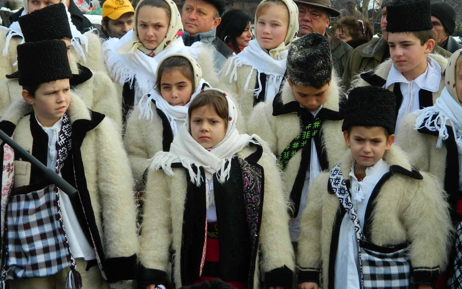 FOTO Craciunul in Transilvania. Intre poveste, traditie, cantat si multa veselie.