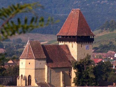 Biserica-cetate din Ighisu Nou