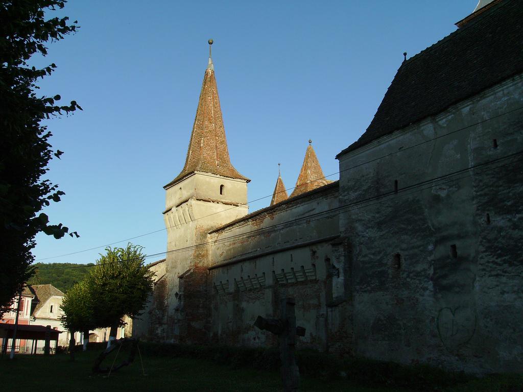 Cetatea din Mosna, prima vizitata de Printul Charles in Romania