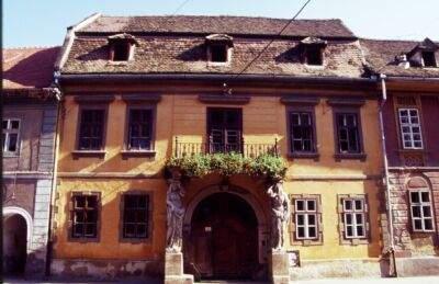 Karyatiden Haus, das barocke Wahrzeichen von Hermannstadt