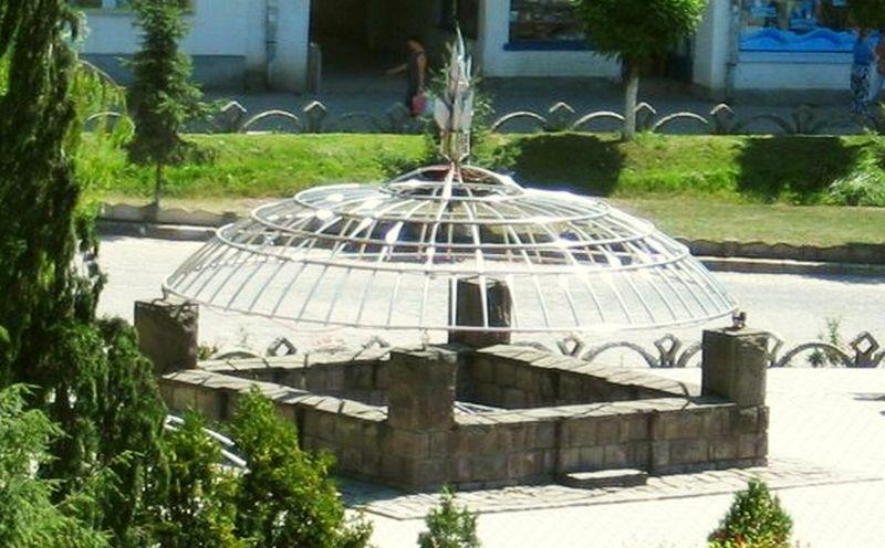 Balta Dracului din orasul Covasna, un monument unic in Europa