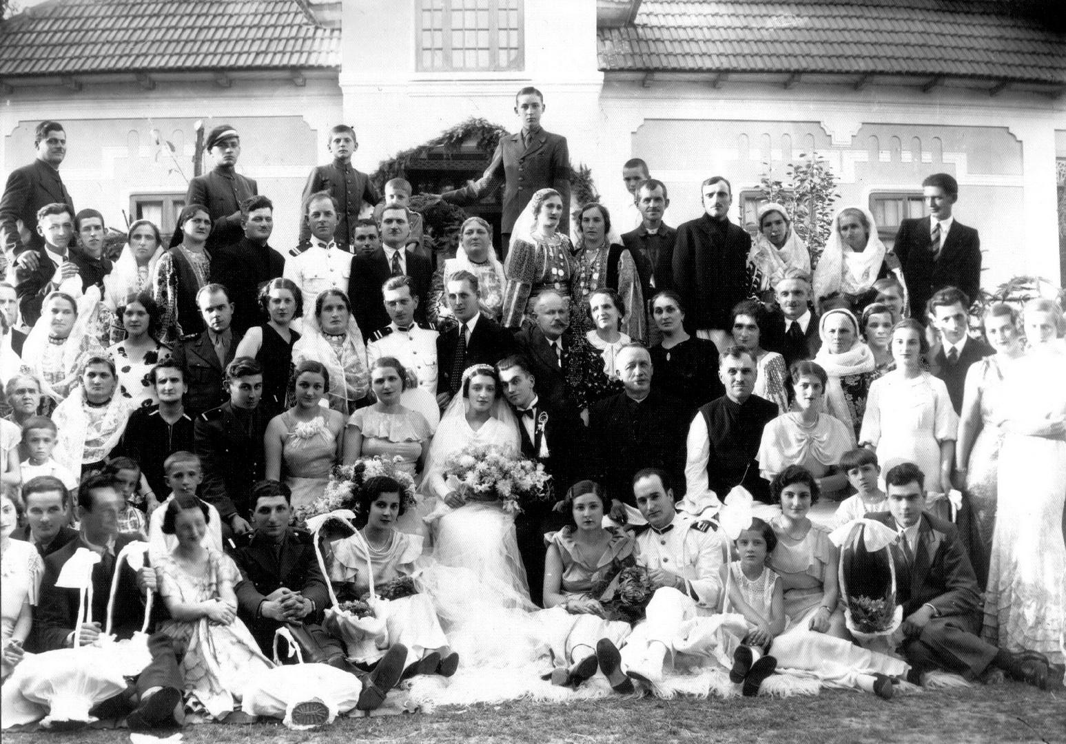 Nunta la 1748. Fără Swarovski și candybar
