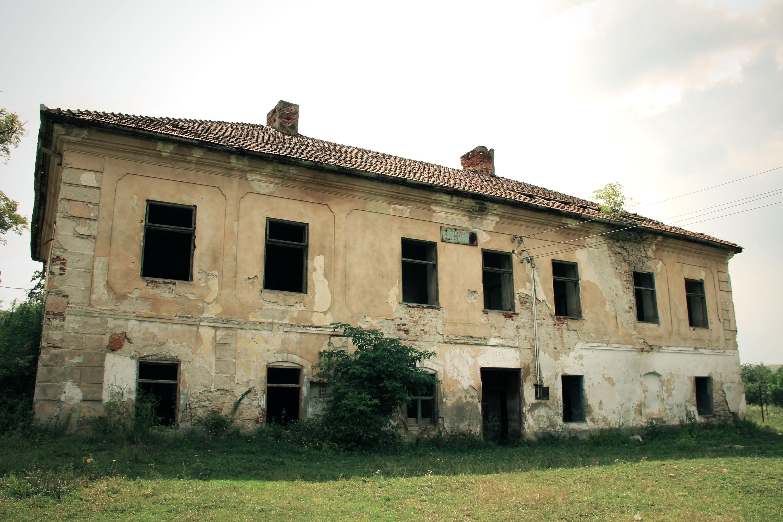 Conacul Haller – Burgul din Gârbou